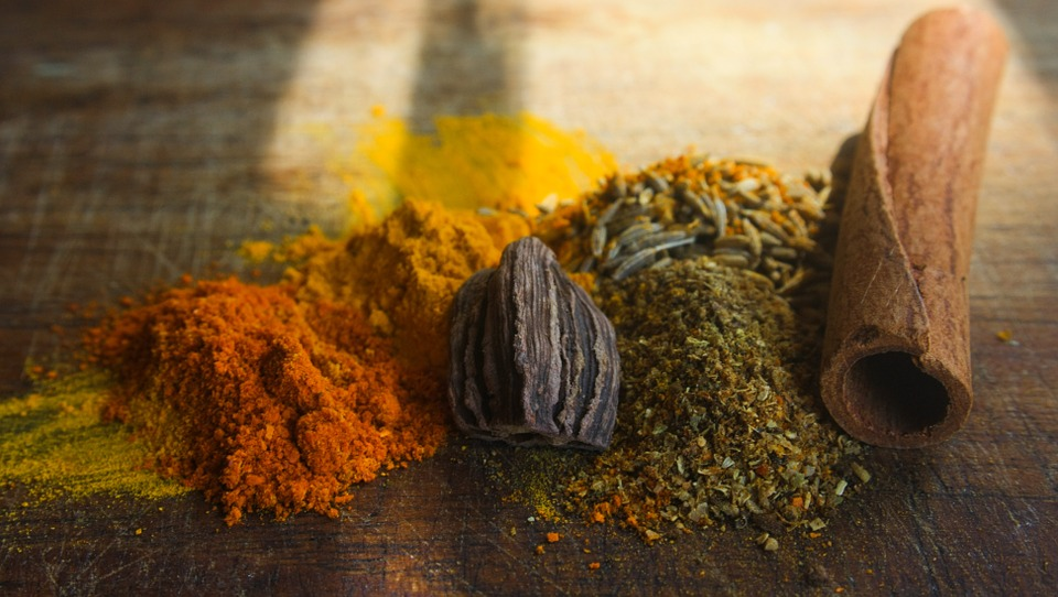 Aromatic blends in the Indian cuisine